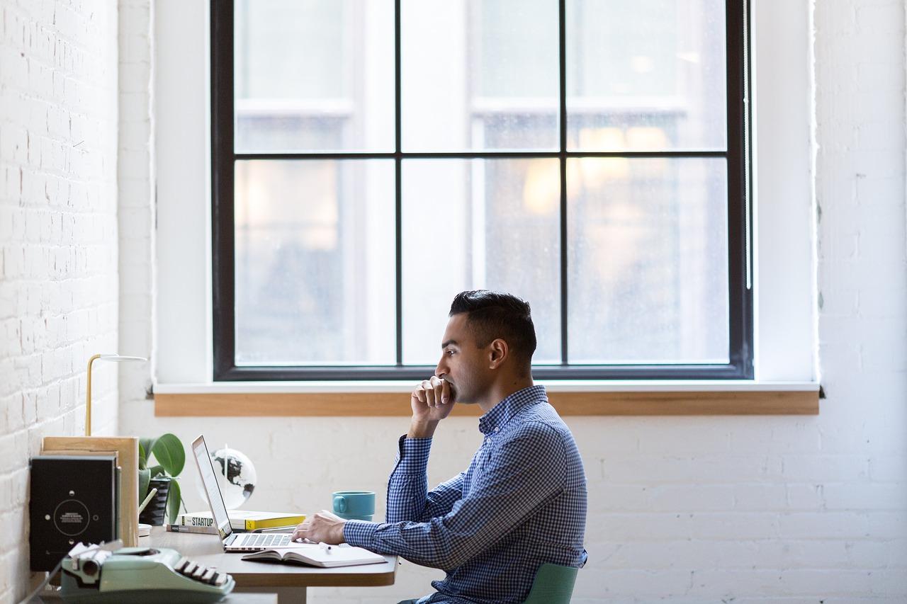 Assistência informática – Quais os serviços essenciais